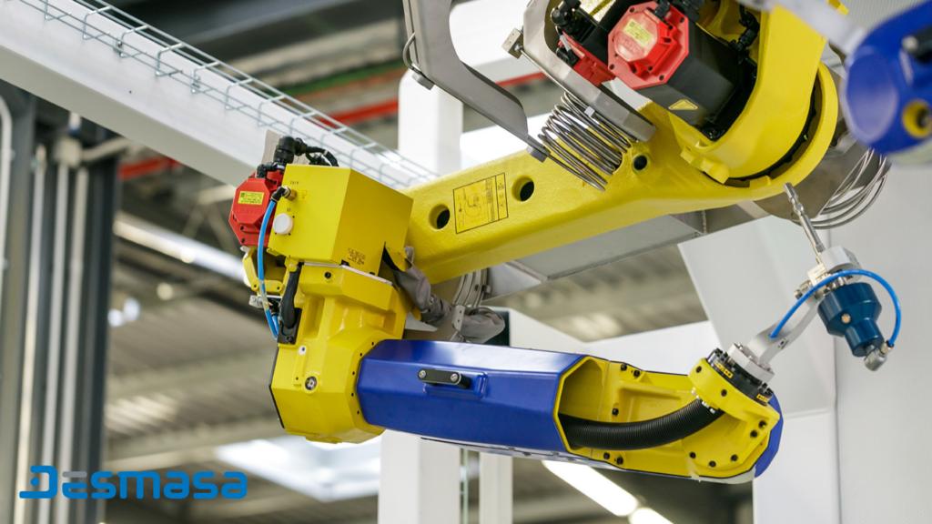 Célula de corte por agua Robotización Industrial